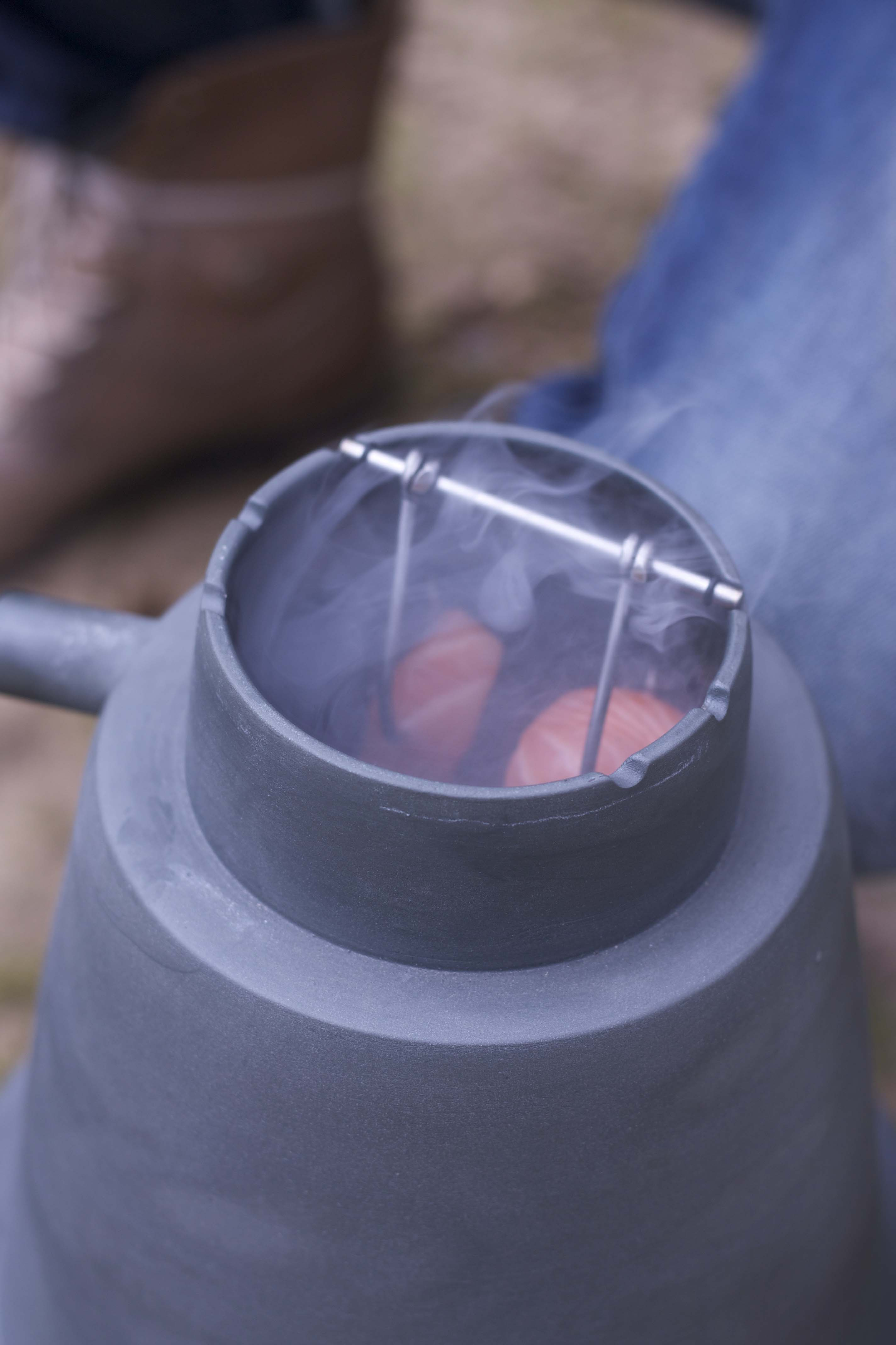 Cold smoke pot